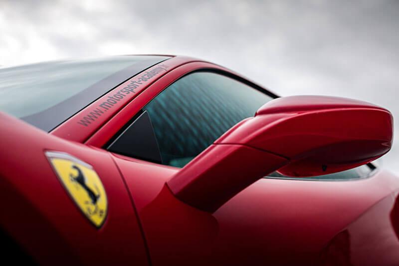 Zoom Ferrari 488 GTB Le Mans Pilotage