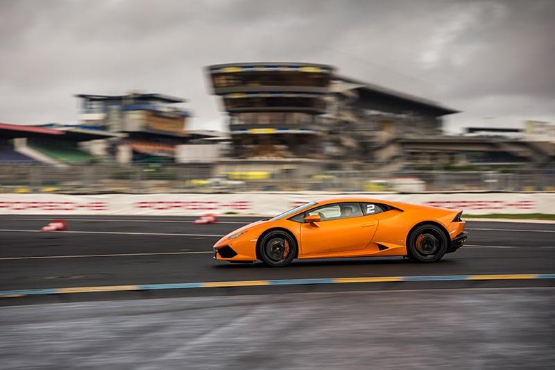 Lamborghini Huracan Orange Circuit du Mans