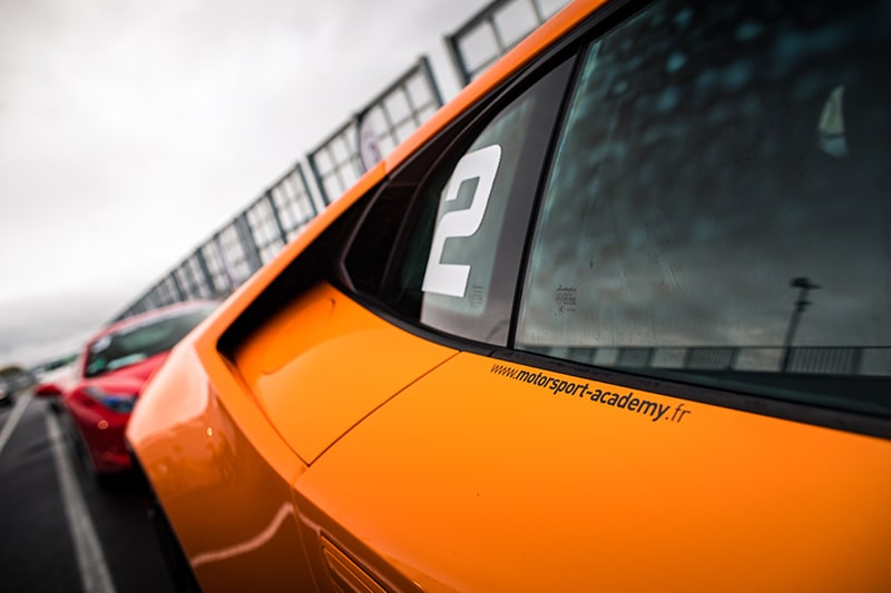 Zoom Lamborghini Huracan Circuit du Mans