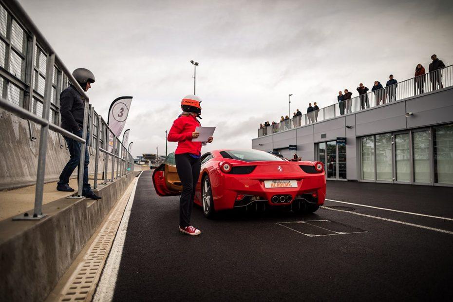 Ferrari 458 Italia stagiaire avec diplôme Circuit du Mans