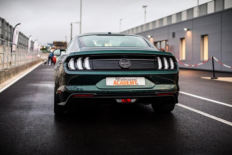 Ford Mustang Bullit Vu de Derrière